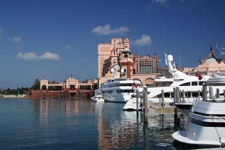 jetset: Luxury tropical marina and hotel resort Editorial