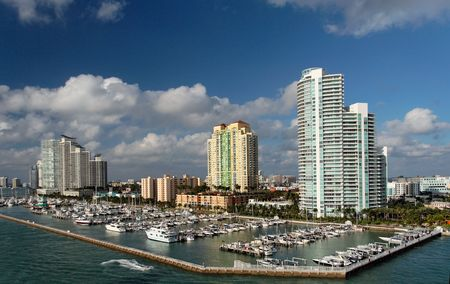 domiciles: Luxury waterfront homes and marina