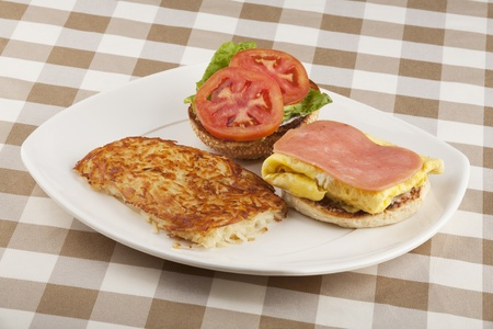 hashbrowns: A delicious breakfast of eggs and hashbrowns