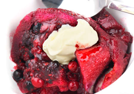 summer pudding: Summer pudding with fresh cream
