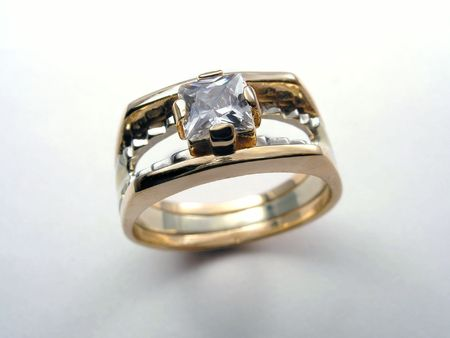 Golden Ring with diamond Stock Photo - 408465