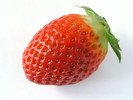 nasienny: Jeden strawberry.Isolated na białym