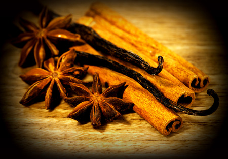 spicery: Christmas spicery - anise and cinnamon on wooden