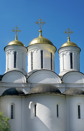 cristianismo: Cristianismo chathedral en Rusia, ciudad de Yaroslavl Foto de archivo
