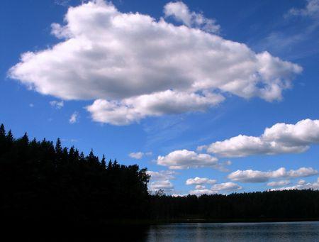 White Wood por encima de las nubes lago  Foto de archivo