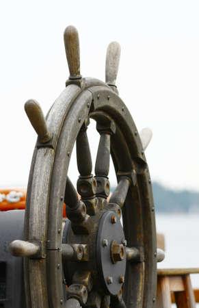 timon de barco: timón viejo barco de madera