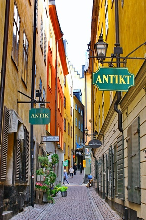 STOCKHOLM - JUNE 11  Along the street of The Old Town  Gamla Stan  on June 11, 2009 in Stockholm Stock Photo - 12753975