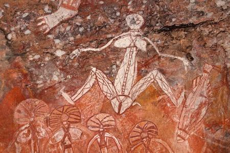 aborigen: Rupestres aborígenes (Namondjok) en Nourlangie, el Parque Nacional Kakadu, territorio del Norte, Australia  LANG_EVOIMAGES