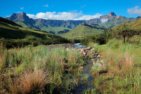 royal park: Amphitheater and Tugela river, Drakensberg mountains, Royal Natal National Park, South Africa
