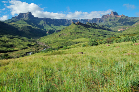 and south: Amphitheater and Tugela river, Drakensberg mountains, Royal Natal National Park, South Africa