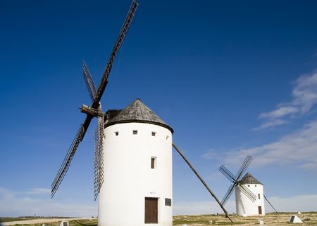 novelist: Medieval windmills dating from the 16th century overlooking the town of Campo de Criptana in Ciudad Real province, Castilla La Mancha, central Spain.  Made famous in Miguel de Cervantes Saavedras novel Don Quijote de la Mancha, these windmills are situat