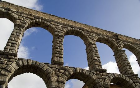 1st century ad: Roman Aquaduct in Segovia, Spain.  Built in the second half of the 1st century AD, it is one of the most significant and best-preserved monuments left by the Romans on the Iberian Peninsula Stock Photo