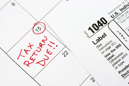 tax form: 1040 US Federal Tax Form with Calendar Reminder