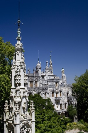 quinta: The Quinta da Regaleira is a complex of buildings built in the  style at the turn of the 20th century.  It forms part of the Cultural Landscape of Sintra