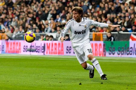 MADRID - JAN. 25, 2009: Gabriel Heinze of Real Madrid during a Spanish First Division league match against Deportivo La Coruna.