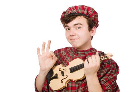 highlander: Scotsman divertido con el violín en blanco