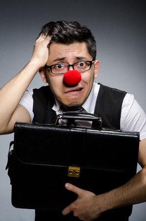 nez de clown: Dr�le d'affaires avec nez de clown