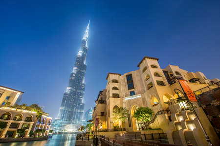 dubai mall: Dubai - JANUARY 9, 2015: Burj Khalifa building on January 9 in UAE, Dubai. Burj Khalifa skyscraper is tallest in the world