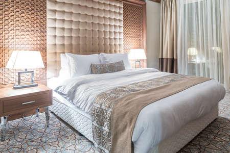 cổ điển: Phòng khách sạn có liên hiện đại