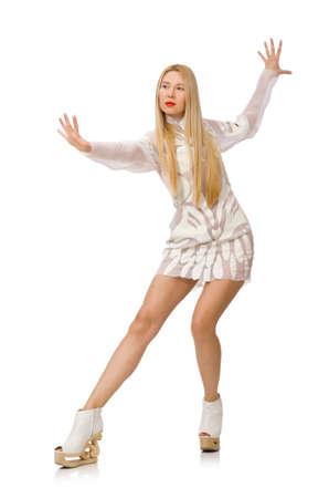 patinaje sobre hielo: Mujer con vestido blanco aislado en blanco