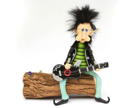 troll dolls: Rocker dwarf playing the guitar