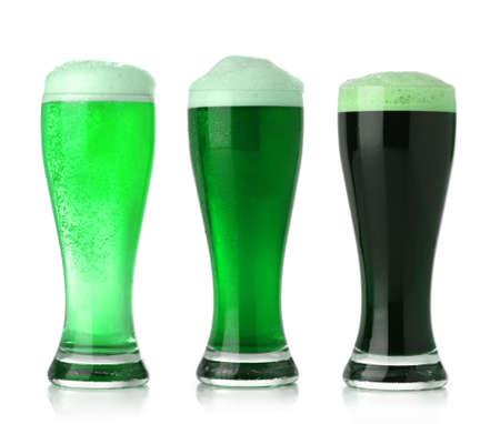 vasos de cerveza: Cerveza de verde de d�a de San Patricio