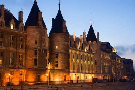 jailhouse: Twilight view of the Conciergerie (old medieval jailhouse) - Paris, France Stock Photo