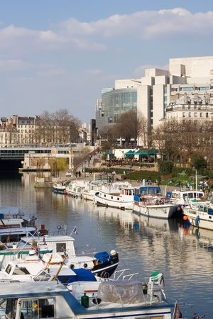 bastille: The port of Arsenal with the Bastille opera in the background - Paris, France