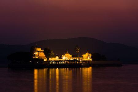 jagmandir: Night view of Lake palace island of Jagmandir, on Pichola lake - Udaipur, Rajasthan, India