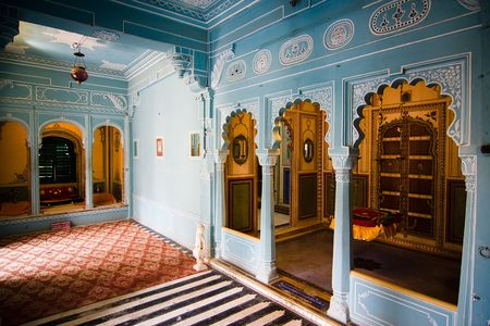 subcontinent: Interior view of the city palace - Udaipur, Rajasthan, India