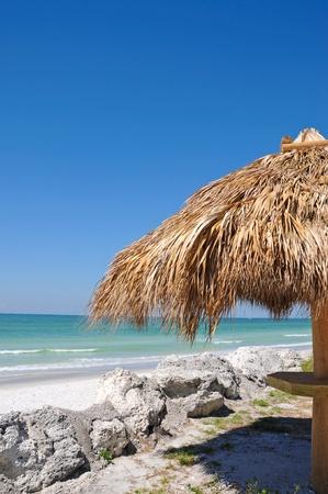 tiki bar: Tiki Hut on the Beach