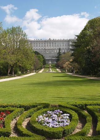 Palais Royal de Madrid vue de Sabatini's Garden