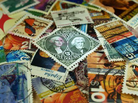 plusieurs timbres-poste