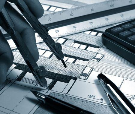 architecte dessinant une image de monochrome de bâtiment Banque d'images