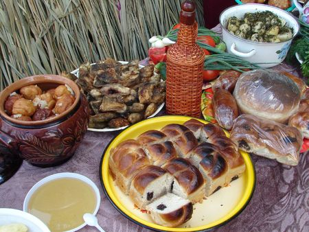 Traditional Ukrainian festive dinner meals 6 photo