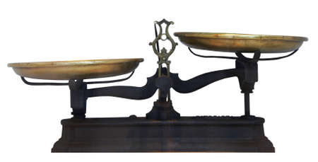 balanza en equilibrio: Mesa de metal antiguas escalas