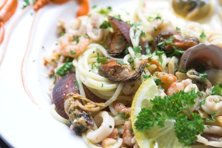 Delicious seafood pasta dish with spaghetti, mussels and shrimp Stock Photo - 608004