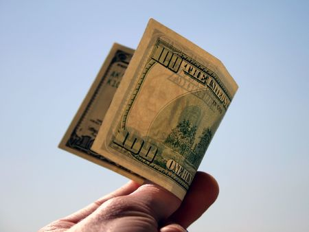moola: 100 dollars bill