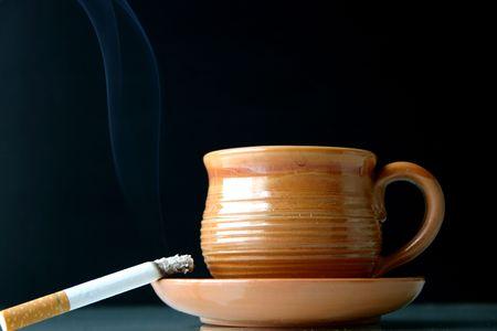 ceramicist: Quick breakfast- a cup of coffeetea with a cigarette