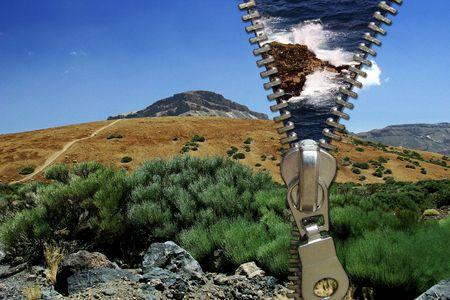 figurative: Zipper concept. Desert and ocean