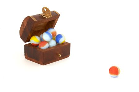 it is a coffer with marbles with white bottom Stock Photo - 446090