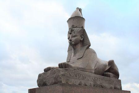 Granito esfinge en Egipto el terraplén del río Neva. St.Petersburg, Rusia  Foto de archivo - 719550