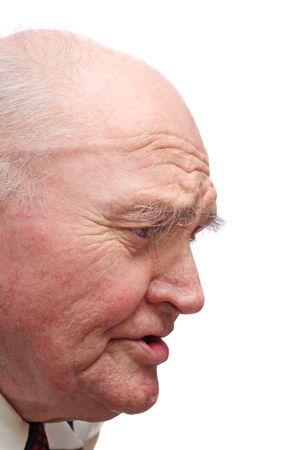 visage profil: Side-tenu de chauve senior homme, isol� sur un fond blanc
