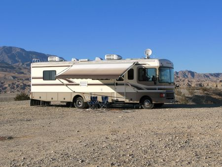 californian: Photo of mobile home in the Californian desert