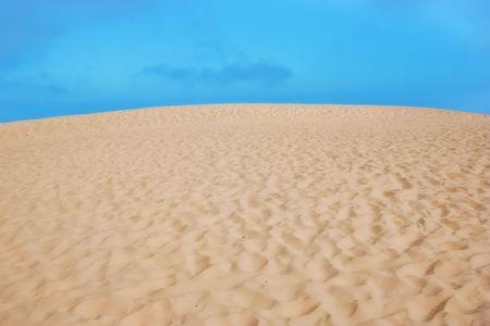 Desert and blue sky Stock Photo - 5417238