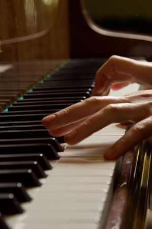 The piano is the biggest string tool