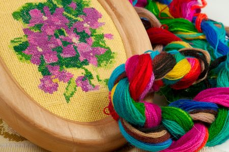 silk wool: Violet flower embroidered with silk threads