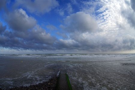 Cloudy morning on coast La Manche Stock Photo - 662326