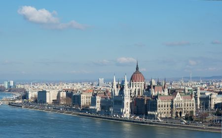 Parlament: City panorama of Budapest with the Parlament building