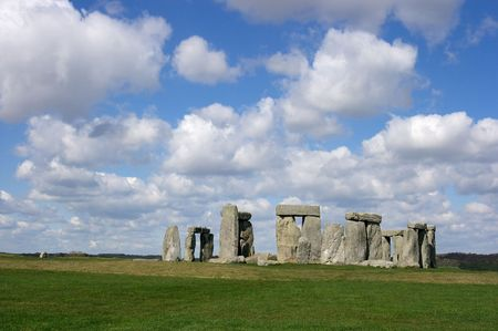 cultic: Stonehenge in nice weather